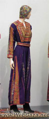 Deir-Tarif Dress - Dress from Dayr Tarif, District of al-Ramla.